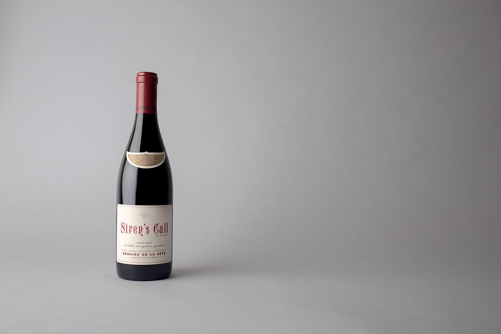 2016 Siren's Call Pinot Noir Magnum Image
